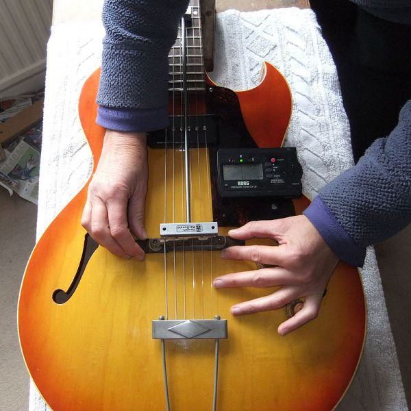 Guitar Angel - Luthier services: Tech services