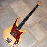 Status Shark bass fretless conversion & custom swamp ash body © 2013 Guitar Angel